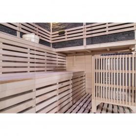 Rocky sauna  hörnbastu  i två nivåer