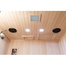Utrustad med Färgterapi, Bluetooth musikanläggning, Läslampor samt Luftrenare med jonisering och ozonfunktion.