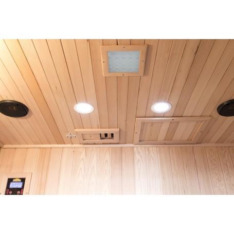 Fullt utrustad med Blåtand, Radio, Mp3-spelare. Läslampor ventilation och Färgterapi.