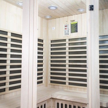 Hörnbastu Infraröd   Wellness Corner Hemlock   Infra-bastu för 4 personerStorlek:1550 x1550 x 1980 mmTräslag:HemlockVärmesys